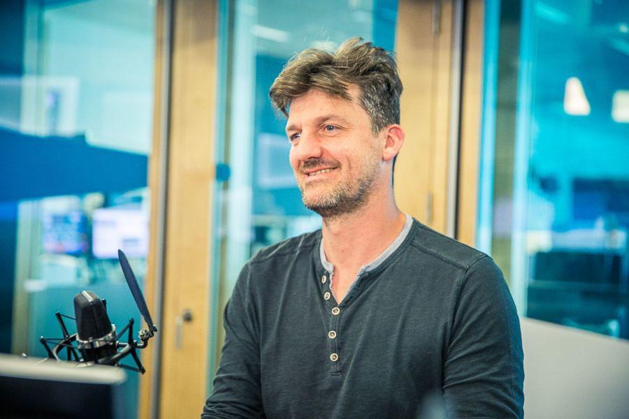 Begijn op bezoek bij Touché van Friedl Lesage op Radio 1